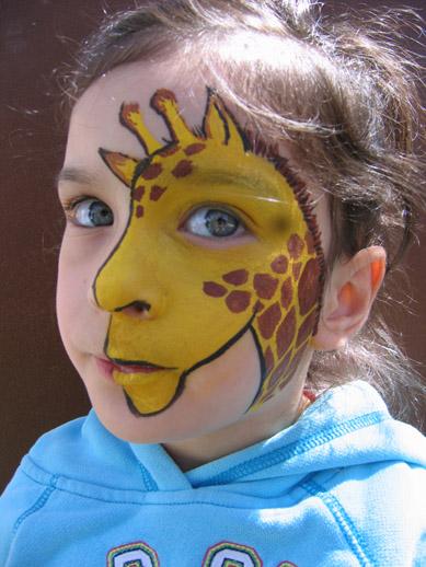 Giraffe face painting