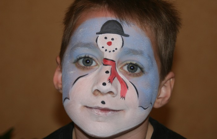 Christmas Face Paint.Christmas Face Paintings