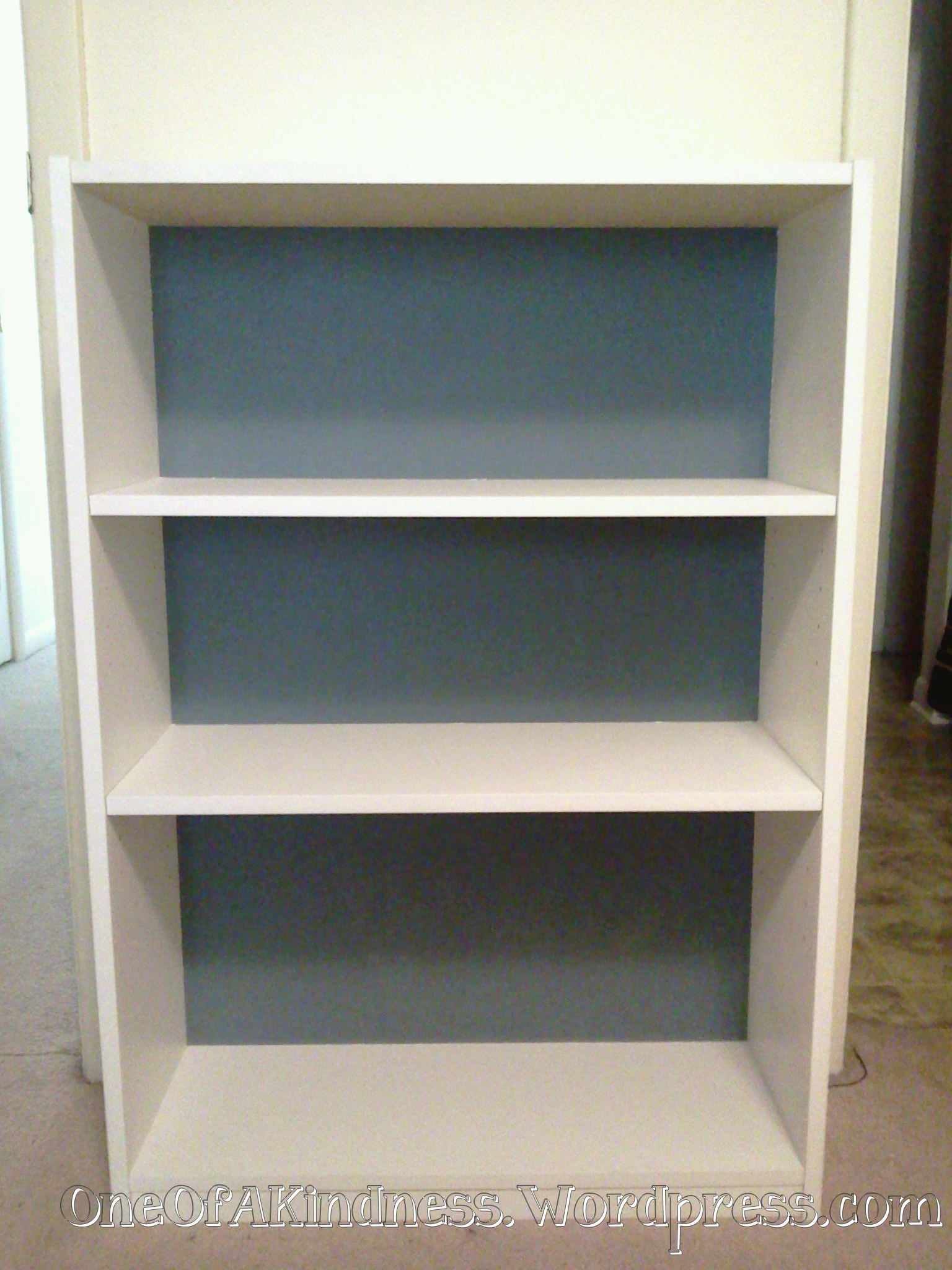 Sm White Bookcase With The Inside Back Painted French Gray
